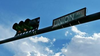 union avenue sign (website)